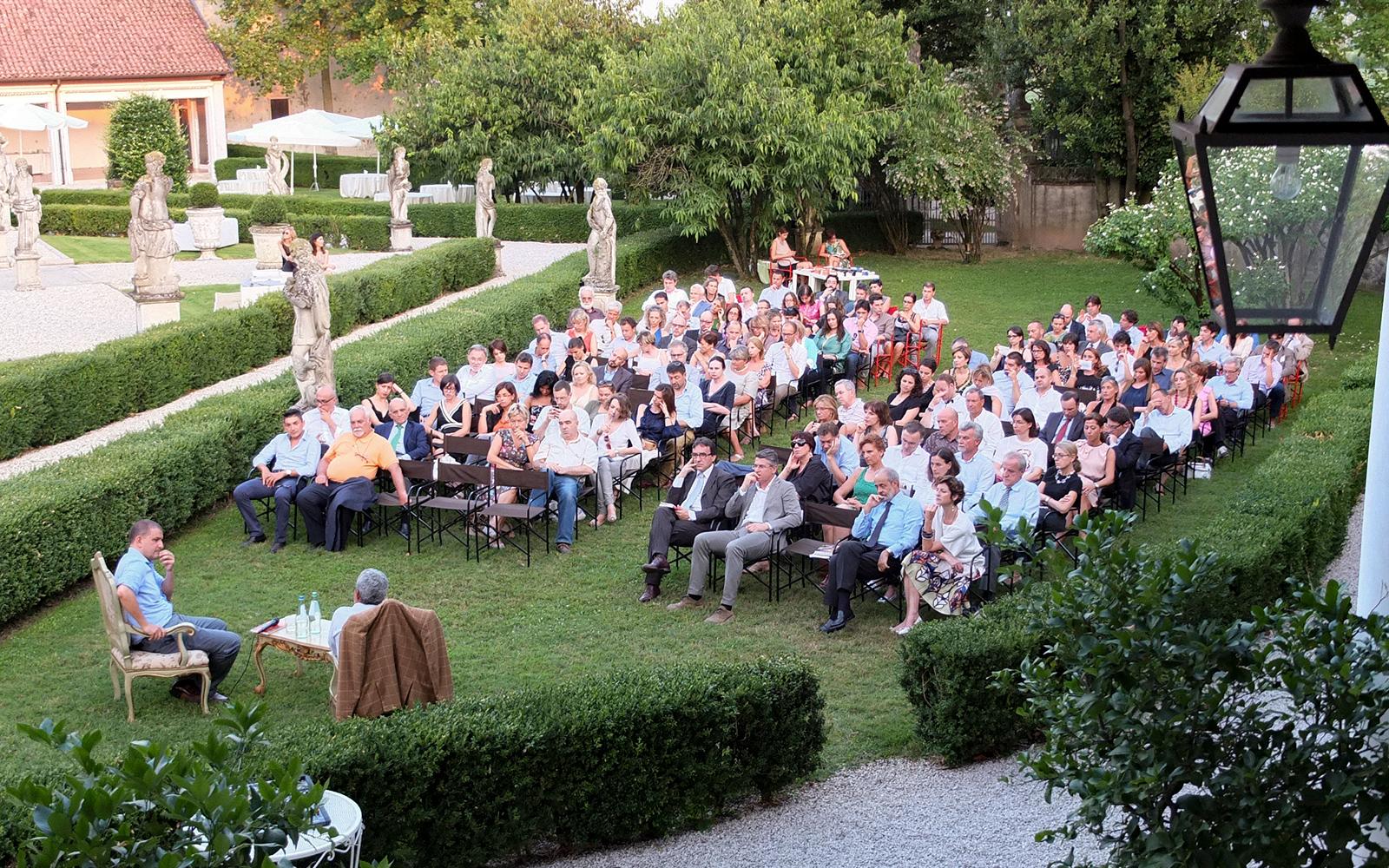 giardino esterno convegni, giardino esterno eventi business, giardino esterno meeting, giardino per eventi privati