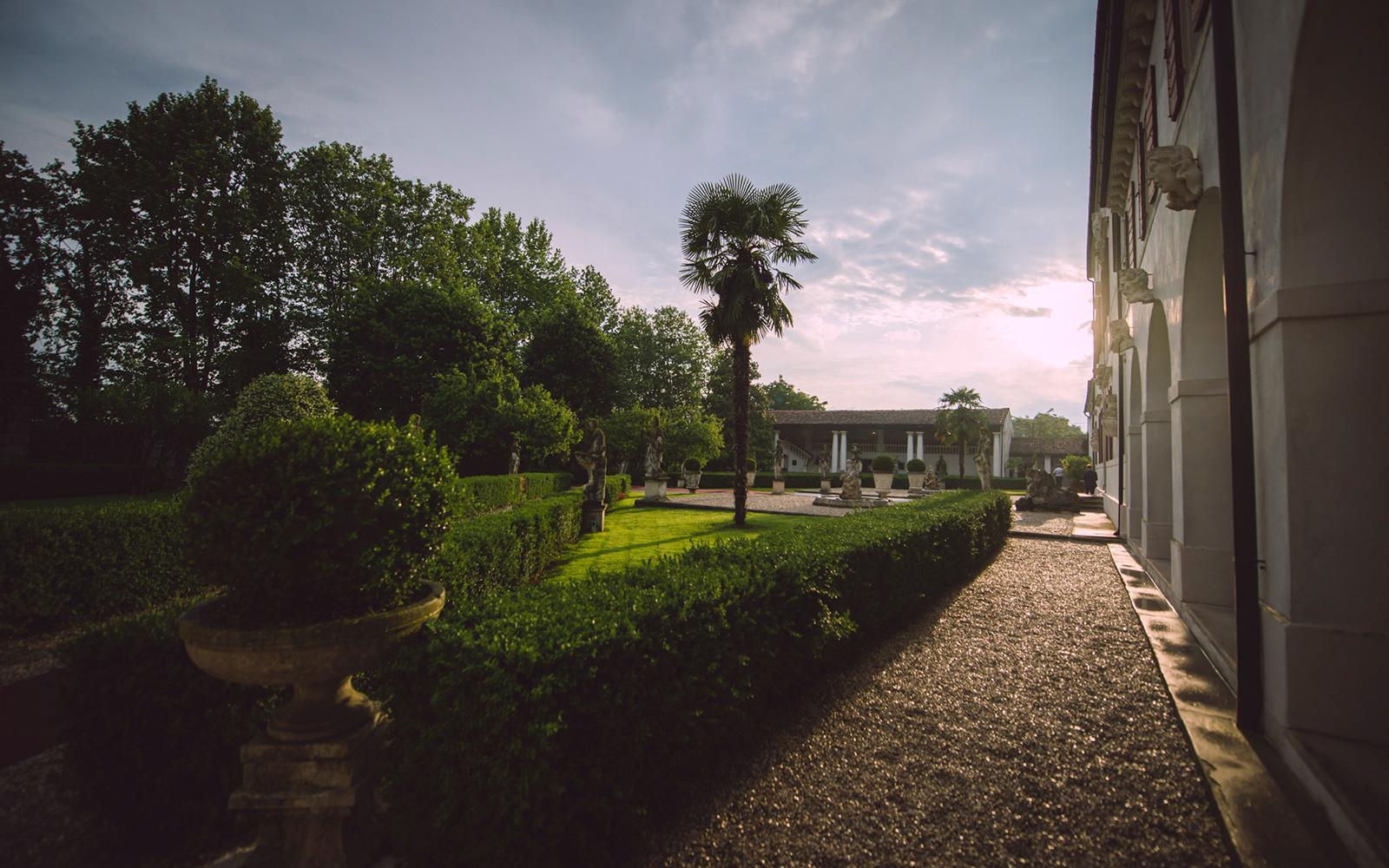 giardino esterno per eventi Vicenza, spazio esterno per eventi Vicenza, giardino esterno matrimonio Vicenza, giardino esterno matrimonio Padova, giardino per shooting